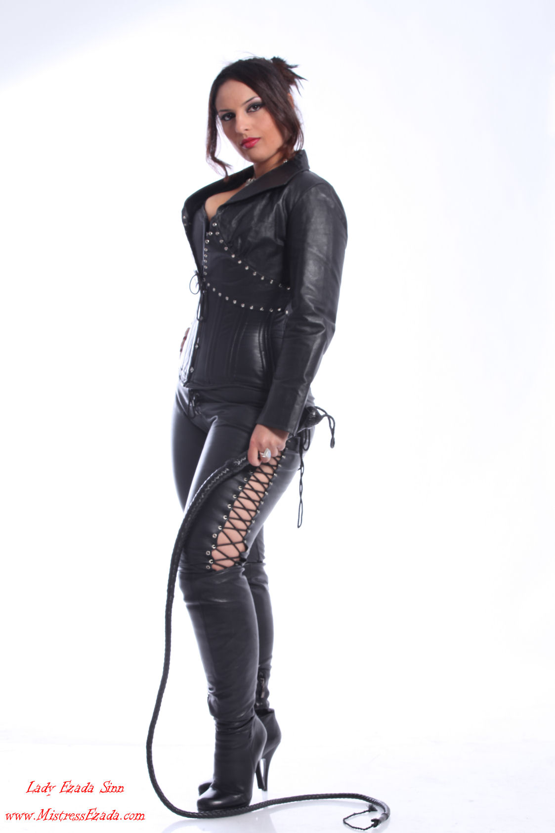Mistress Ezada Sinn Photo Gallery