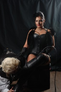 leather free picture domina