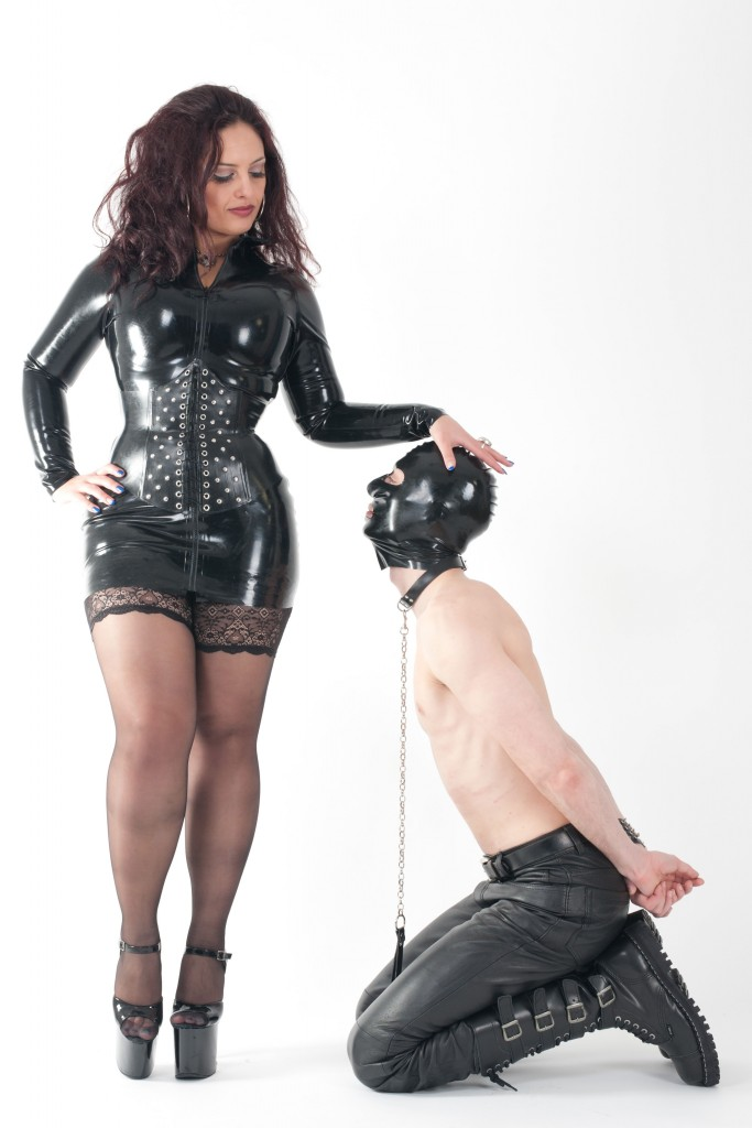 female supremacy latex