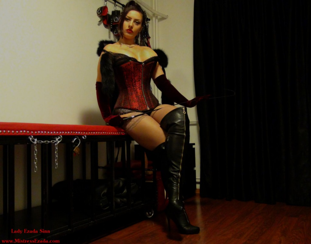 Mistress Ezada Sinn red corset and fur