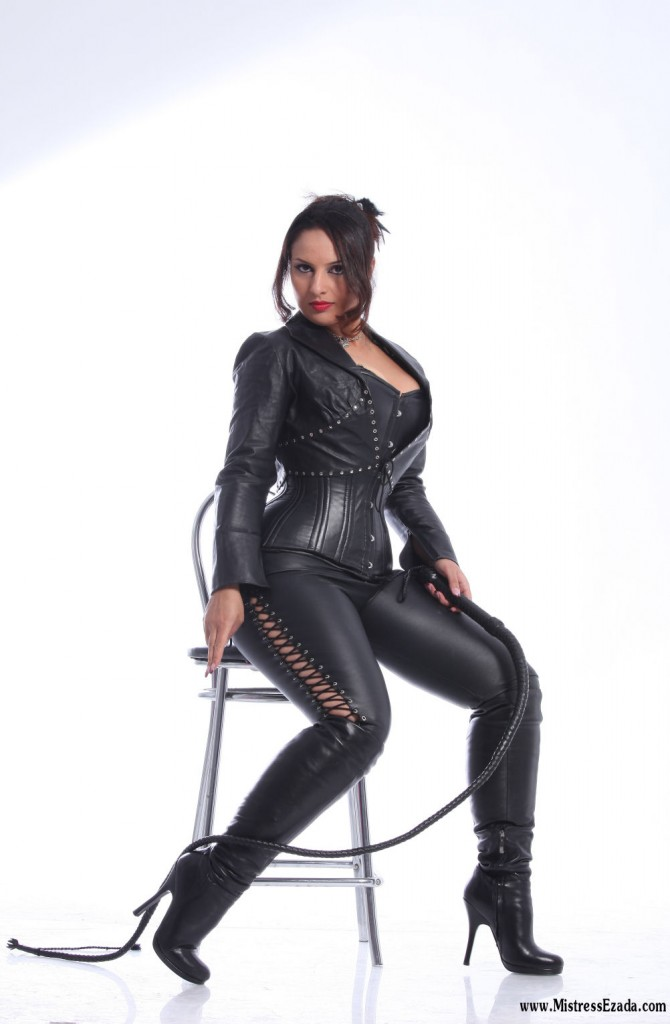 Mistress Ezada in leather