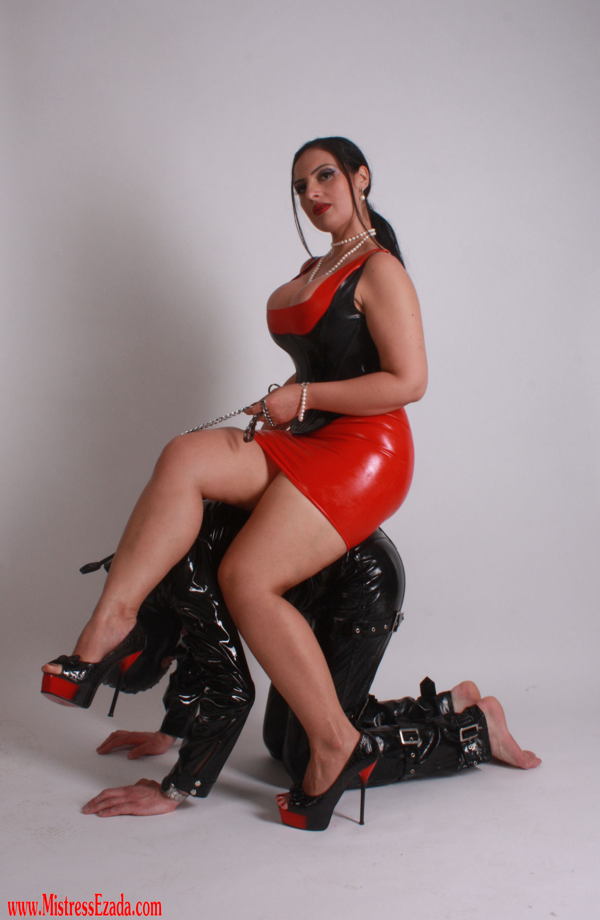 Mistress wants slave