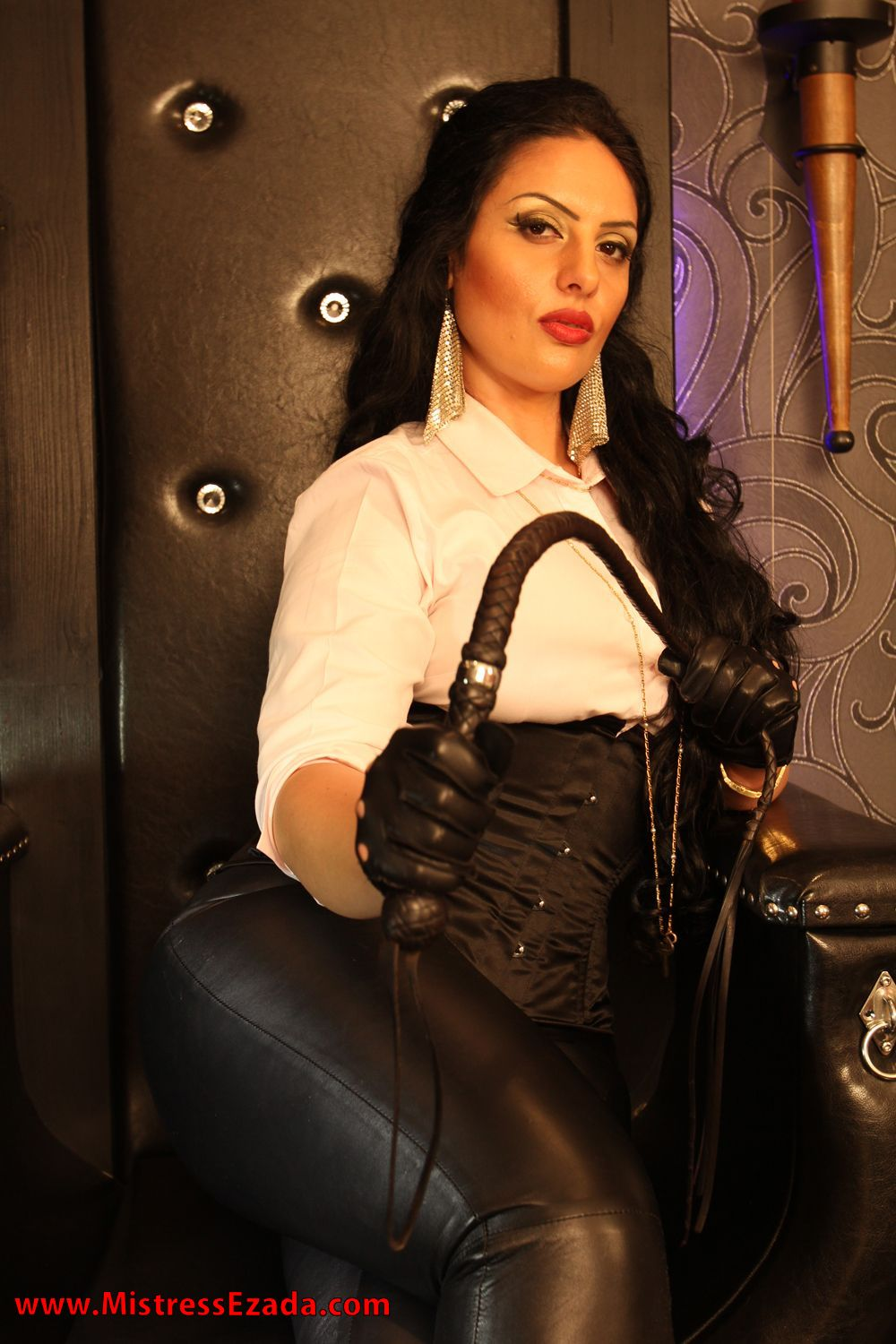 Mistress Ezada Dusseldorf Domina Germany
