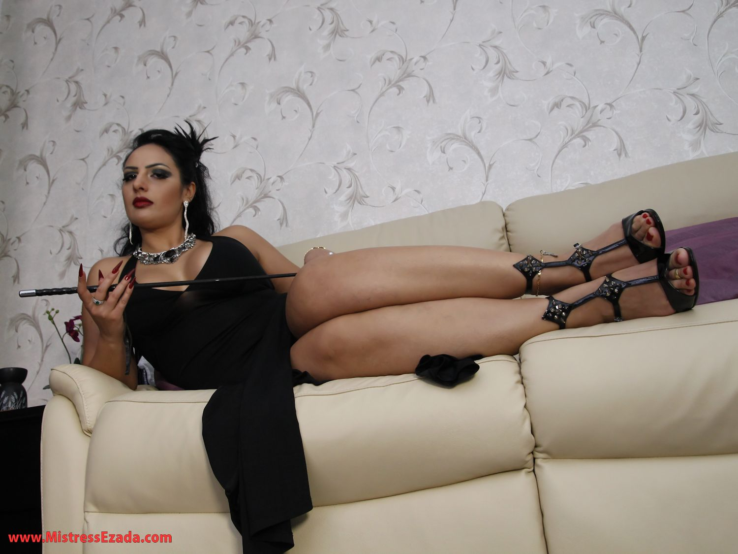 London Goddess Ezada Sinn BDSM beautiful femdom