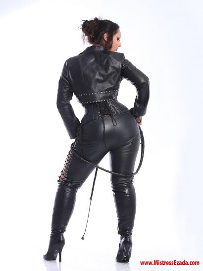leather goddess femdom dominatrix