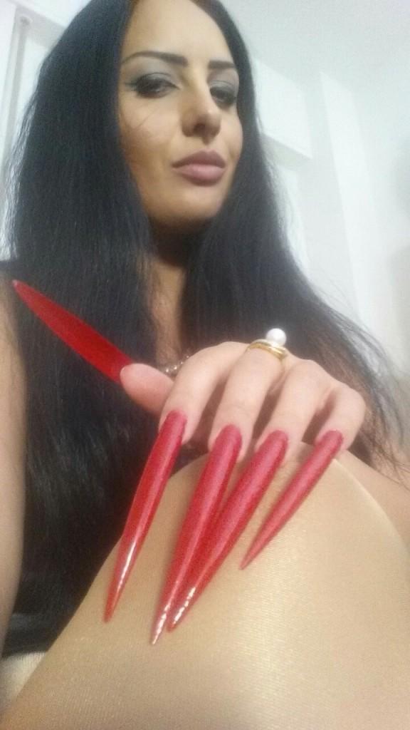 extreme long stiletto nails