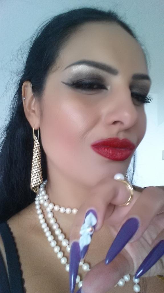 stiletto nails purple