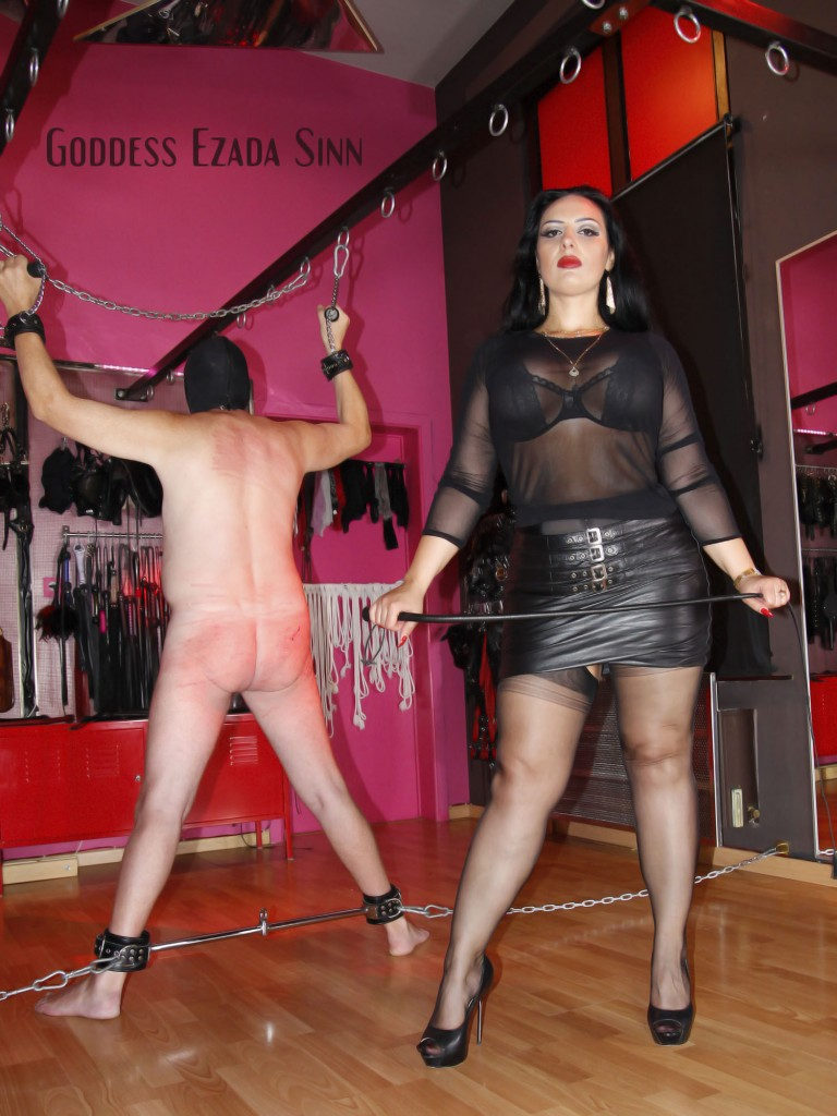 Goddess Ezada Sinn fully fashion stockings whipping