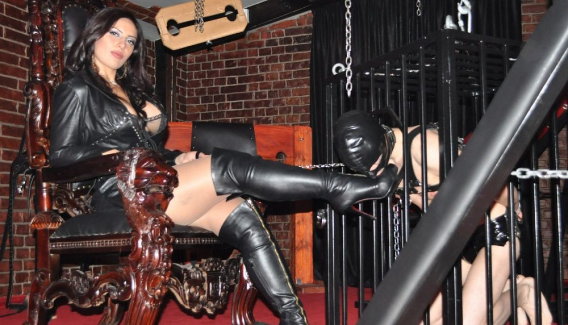 The Collaring and enslavement of slave p (# 069)  part 3