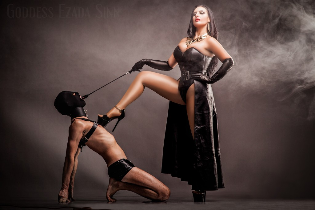 Goddess Ezada Sinn leather female supremacy femdom