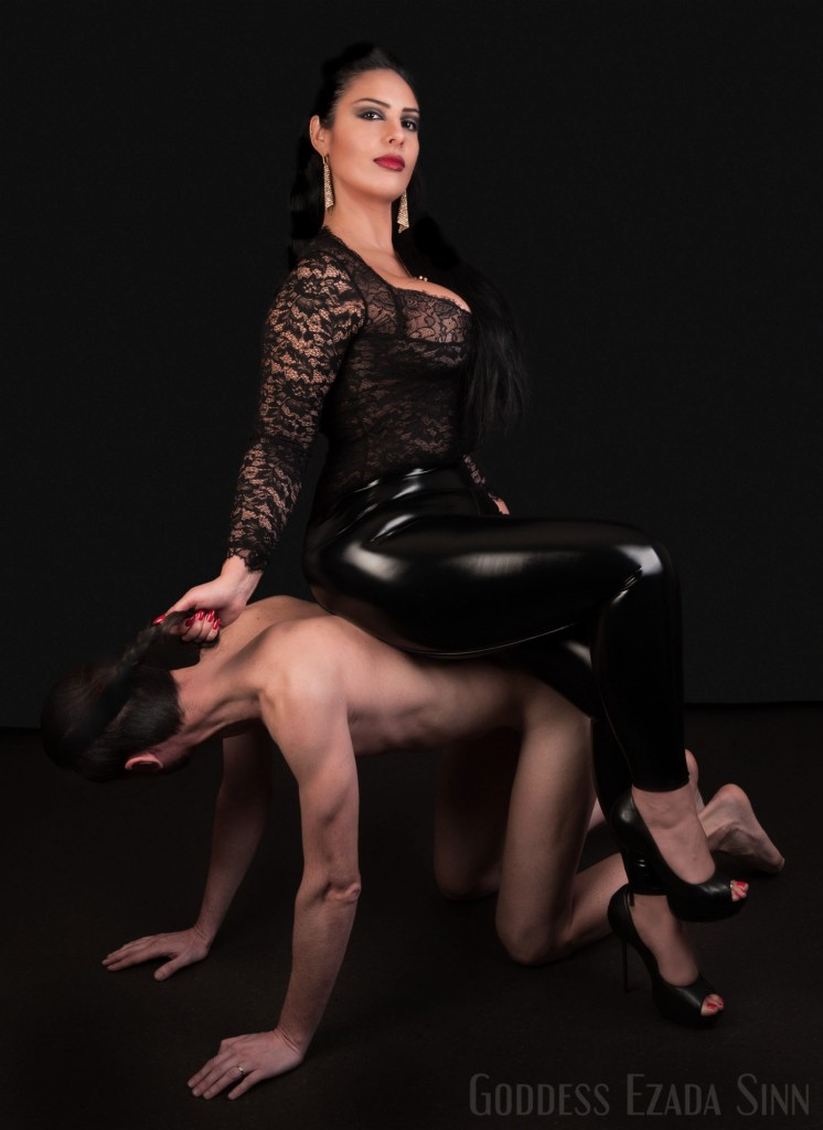 Goddess Ezada Sinn female supremacy Hans