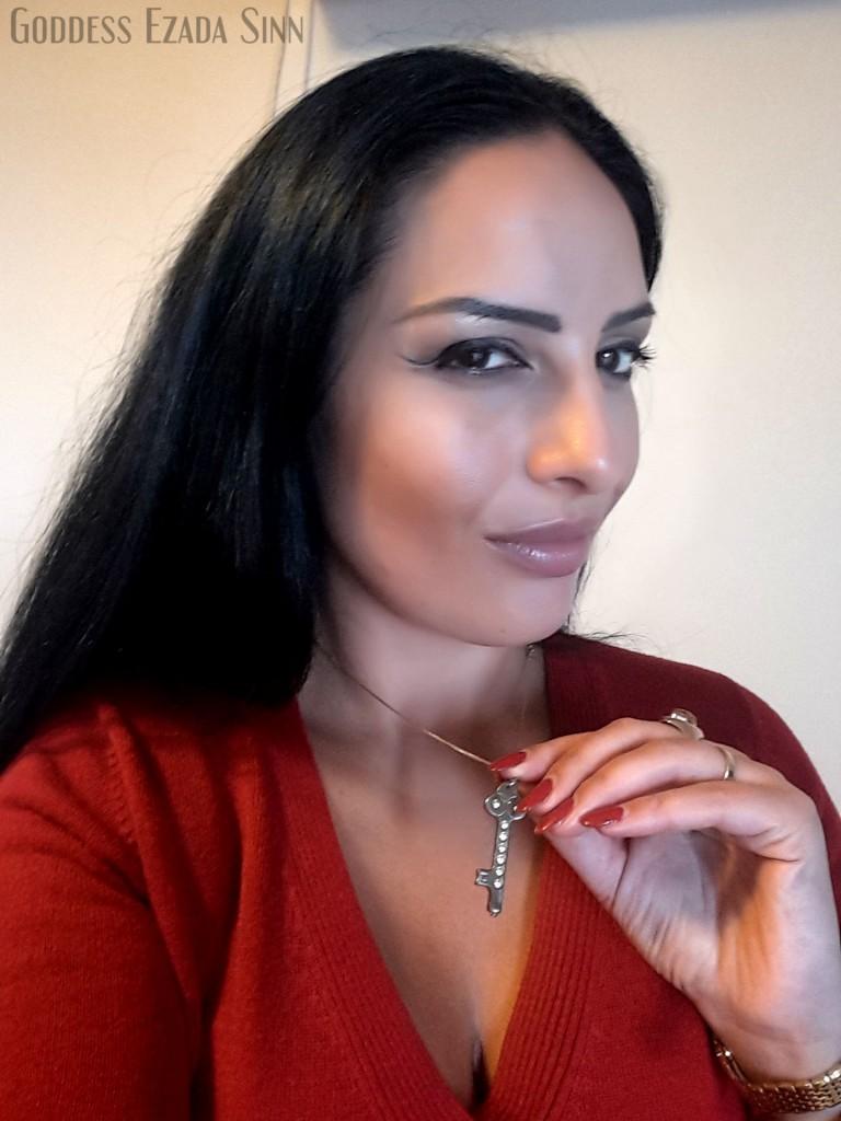 Goddess Ezada Sinn keyholder male chastity