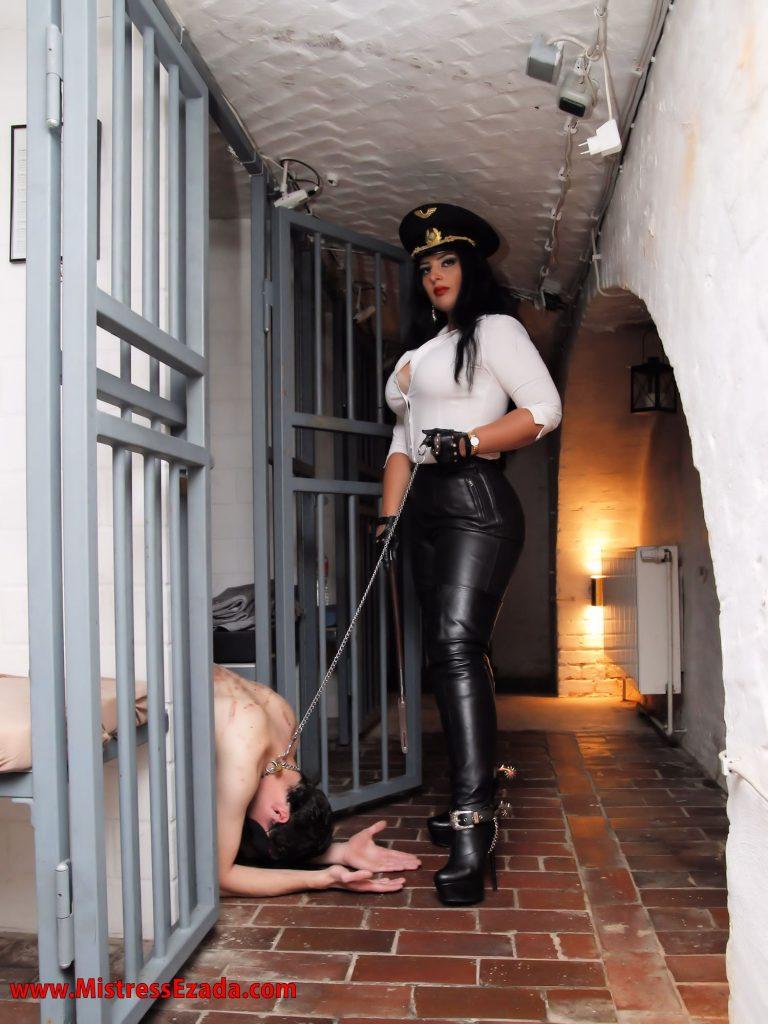 Ezada Sinn prisoner slave berlin