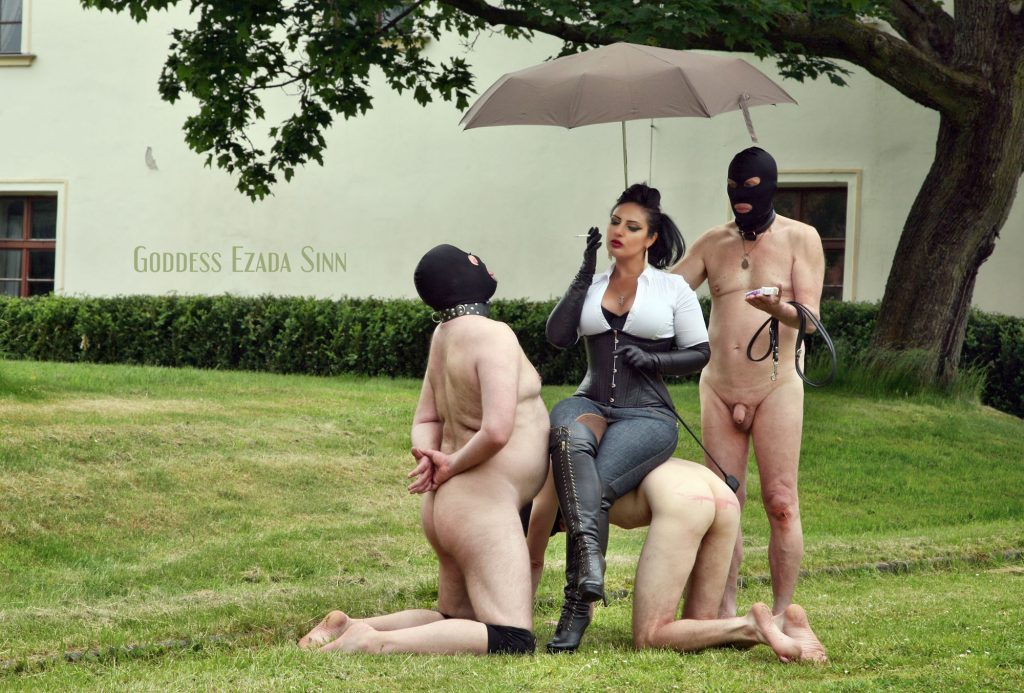 Goddess Ezada Sinn smoking outdoor female supremacy