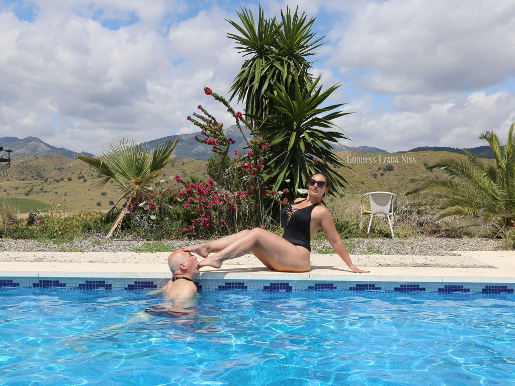 Goddess Ezada Sinn slave medor Spain Malaga vacation