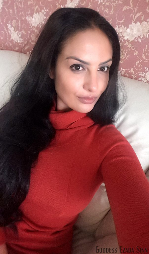 ezada-sinn-in-red-dress