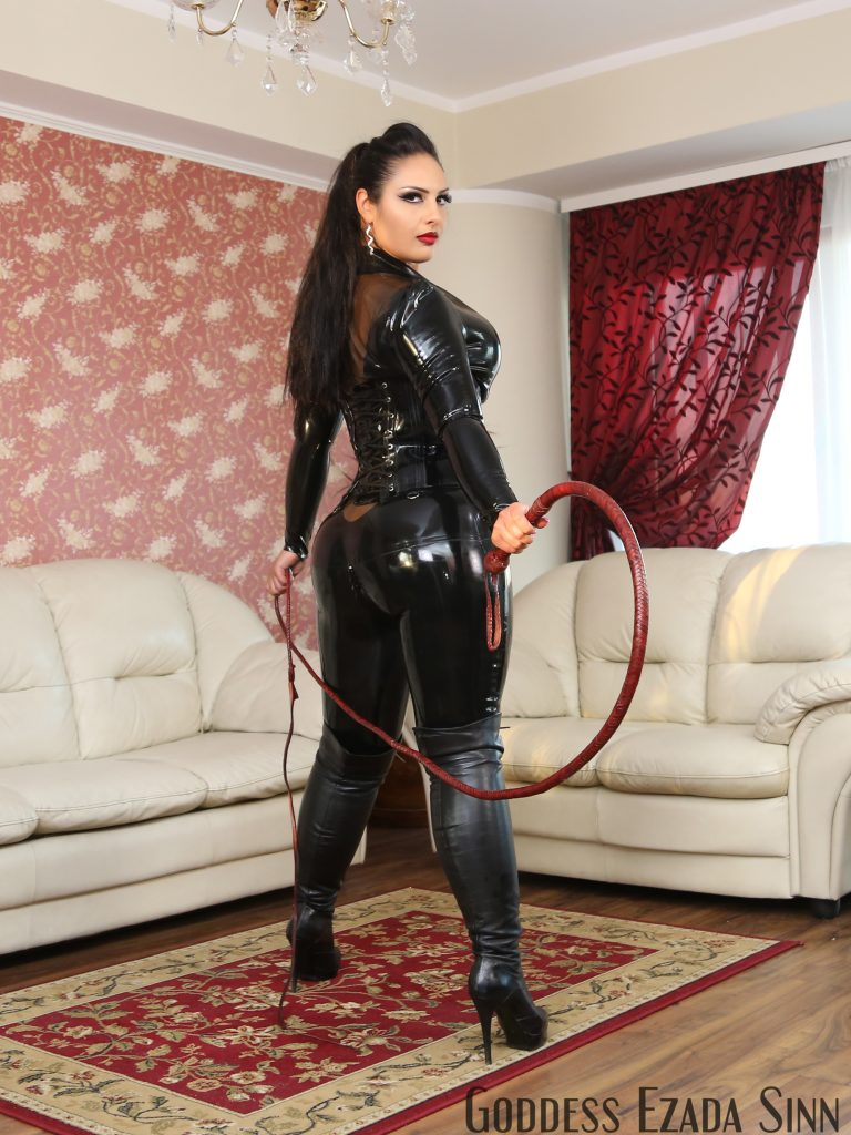 latex-long-bull-whip-ezada-sinn