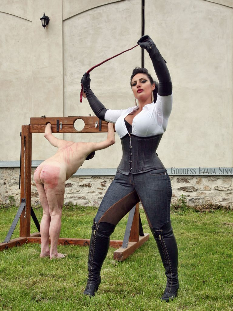 ezada sinn whipping outdoor owk
