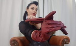 Do you want to touch My gloves?
